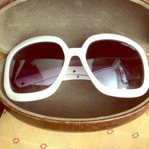 Louis Vuitton's vintage glasses